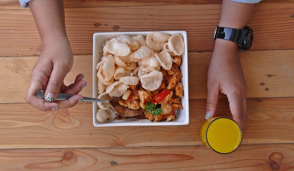 Baegopa -Menu Rice Chicken-