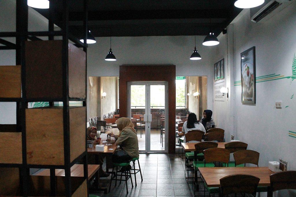 dahr-eatery-lantai-2