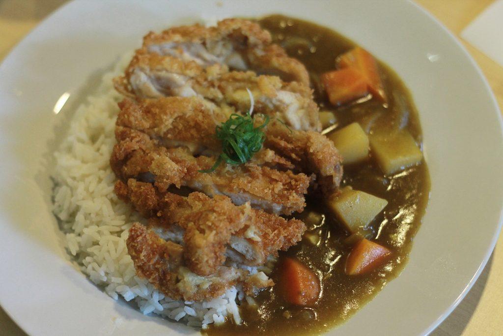 pecopeco-sushi-resto-curry-rice