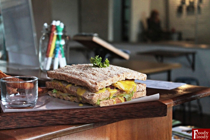 Tuna Mustard with Egg and Wheat Bread Manis Gurih Resto Malang