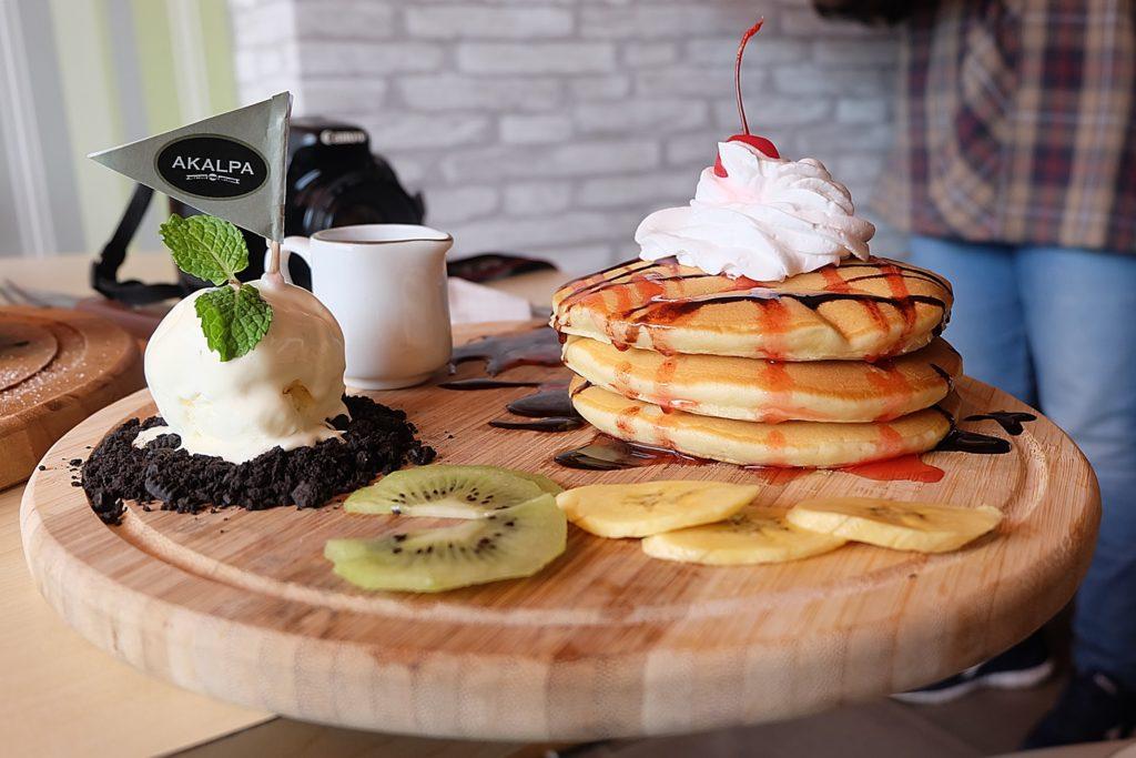 AKALPA Cafe Malang -Triple Pancake-