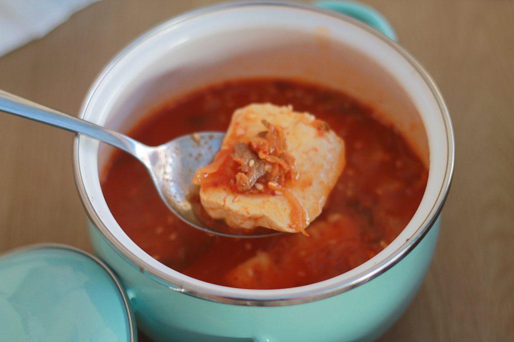 Kimchi Story - Kimchi jjigae isinya tahu