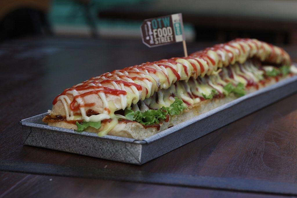 OTW Food Street -Long John Sandwich-