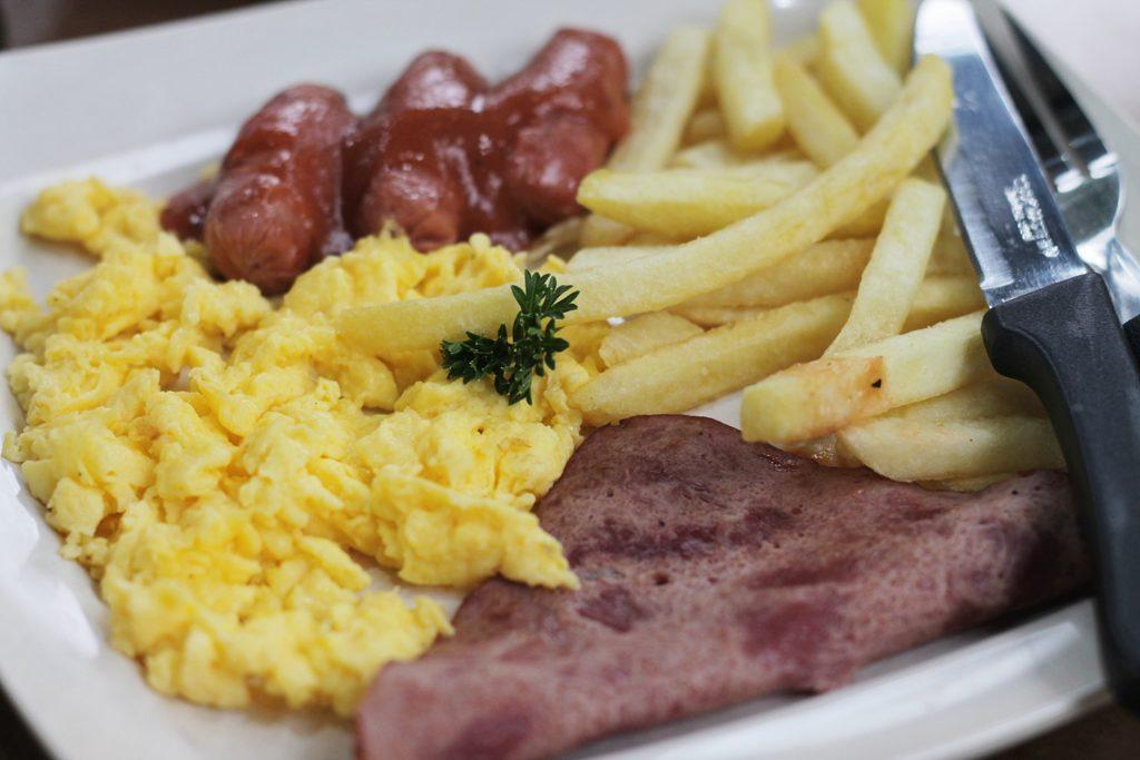 kedai-roti-bakar-543-breakfast-platter