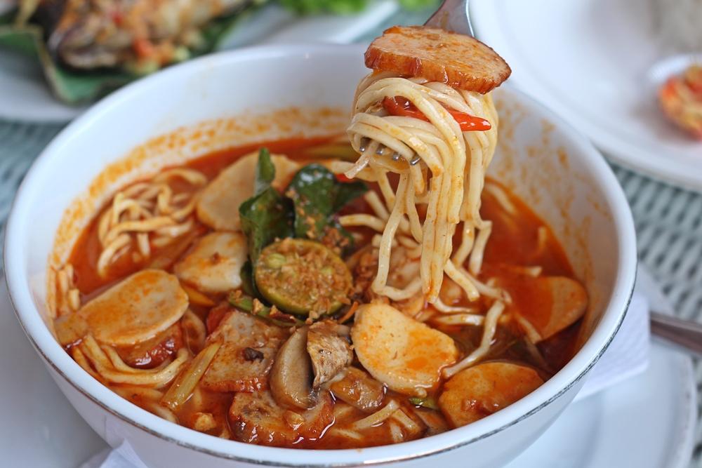 Ikan Bakar 52 Malang Tom Yum Noodle 1